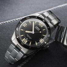 Oris Diver Sixty-Five : Vintage Eye For The Modern Guy